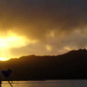 朝    Hawaii 動画の画像