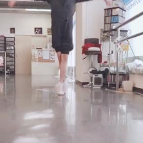 体操クラス・アンチエイジングバレエクラスの画像