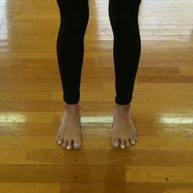 自宅で出来る足の指トレ〜バレトンウォーミングアップ〜③の画像